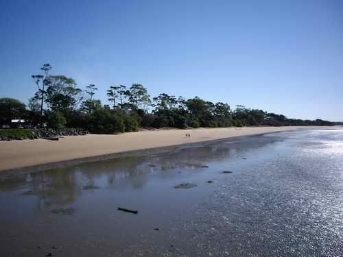 main-beach-harvey-bay