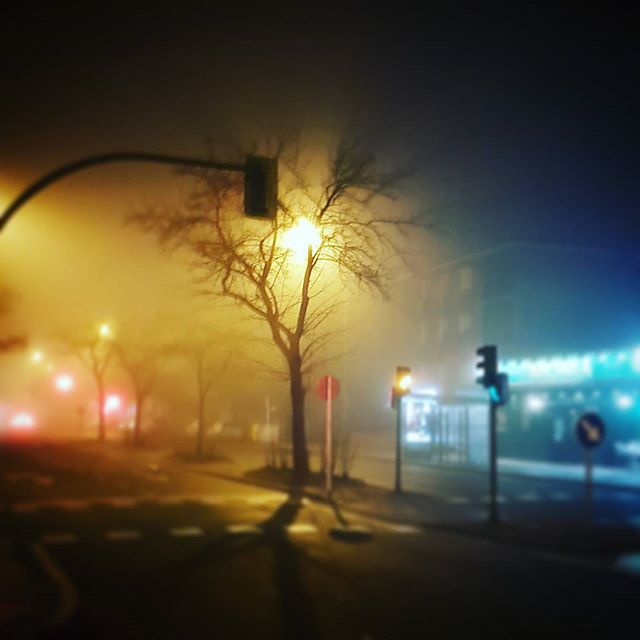 Foggy night in Madrid #stopover #fog #winter #travel #traveling #InstaTags4Likes #vacation #visiting #instatravel #instago #instagood #trip #holiday #photooftheday #fun #travelling #tourism #tourist #instapassport #instatraveling #mytravelgram #travelgram #travelingram #igtravel