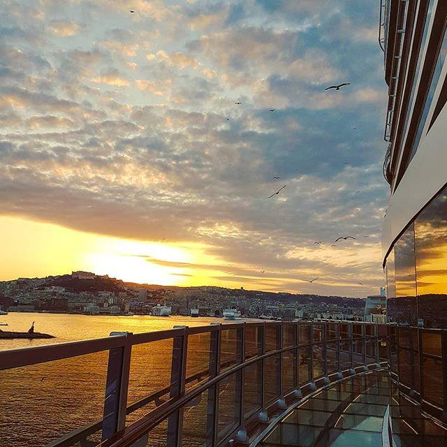 "Wordless sunset ""Vedi Napoli e poi muori"" #mscseaview #msccruises #cruising #cruise #crew #sailing #travel #traveling #traveler #instatravel #instago #instagood #trip #photooftheday #instapassport #instatraveling #mytravelgram #travelgram #travelingram #igtravel #instalife #travelblog #sea #travelstoke"