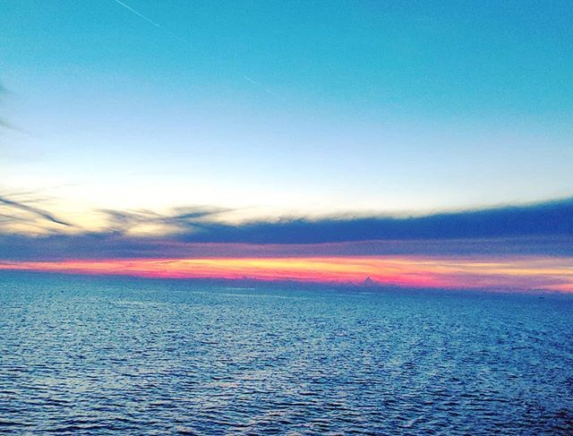 Not all sunset are the same #postcard #cruising #cruise #crew #sailing #travel #traveling #traveler #instatravel #instago #instagood #trip #photooftheday #instapassport #instatraveling #mytravelgram #travelgram #travelingram #igtravel #instalife #travelblog #sea #travelstoke