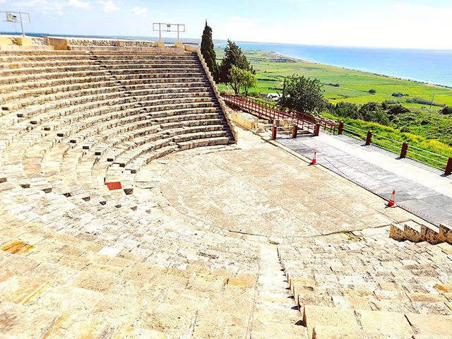 Theater over the sea #kourion #cyprus #archeology#travel #travelling #toptags #visiting #traveler #instatravel #instago #wanderlust #trip #photooftheday #lifeofadventure #doyoutravel #tourist #instapassport #instatraveling #mytravelgram #travelgram #travelingram #igtravel #instalife #ig_worldphoto #travelstoke #traveling #travelblog #instago