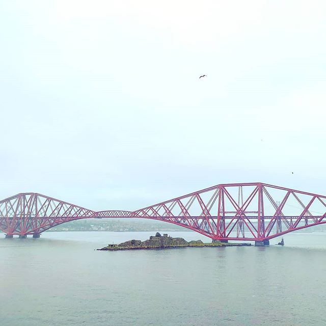 A moment before to cross the oceans for a warmer land •••#southqueensferry #edinburgh #bridg #rain #clouds  #travel #travelling #traveler #instatravel #wanderlust #trip #lifeofadventure #doyoutravel #instapassport #instatraveling #mytravelgram #travelgram #travelingram #travelstoke #traveling #travelblog #instago