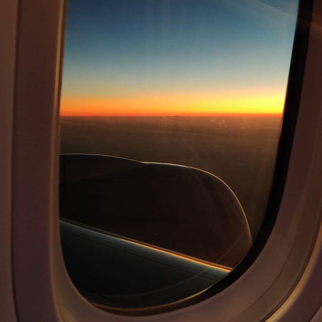 Sunrise over the Middle East Sky 🤙️😎 #nofilter #travelphotography #sunrise #travelling #skyscape #travelpic #travelbug #fly #travellife #travels #travel #traveling #travelawesome #travelgram #traveller #travelingram #travelstoke #traveladdict #travelers #traveldeeper #prilaga #travelblogger #travelphoto #sky #flying #travelholic #traveler #traveltheworld