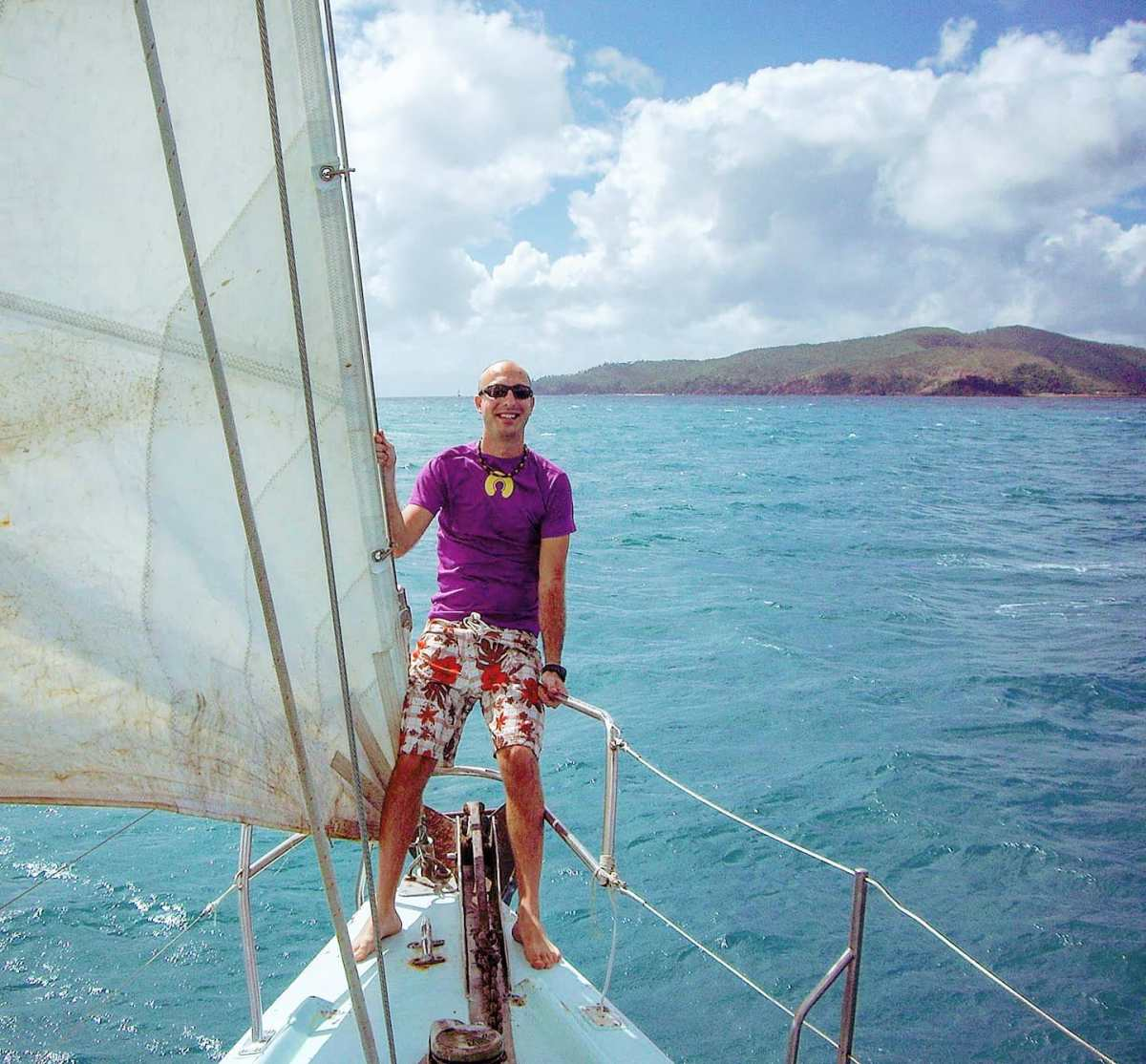 Sailing around the Whitsunday Islands 🤙Queensland, Australia 2008#australia #whitsundays #travel #naturephotography #travelphoto #travelingram #tbt #travellife #travelgram #naturegram #naturephoto #traveler #naturelover #nature #seaside #travelphotography #sea #traveller #traveling #blue #travelblog #sailing #naturelovers #traveladdict #travels #clouds #tallship