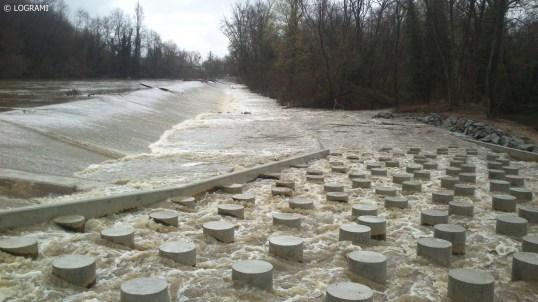 Macro-rugosités de la passe à poissons du barrage de Moulin Breland