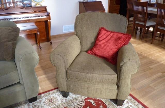 green chair 2