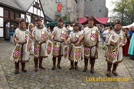ls_mittelalter-burg-in-flammen_170804_31