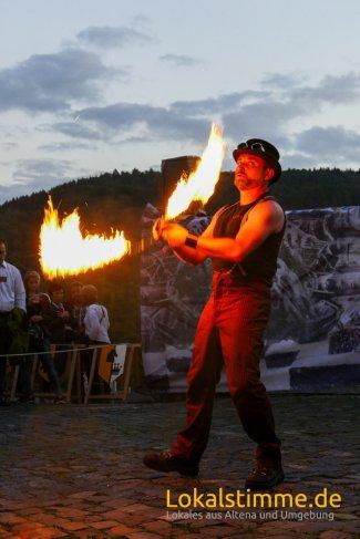 ls_mittelalter-burg-in-flammen_170804_64