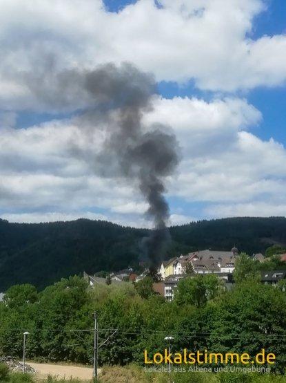 ls_gartenhütte-brennt-altena_190703_01