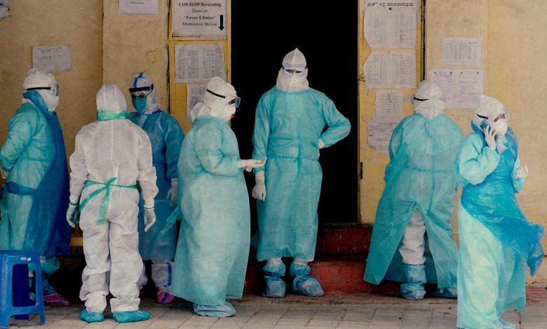 एका दिवसात कोरोनामुळे ५० डॉक्टरांचा मृत्यू