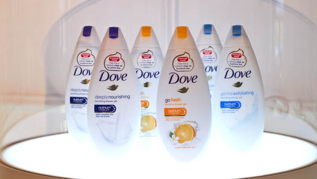 Dove, geluri de duş - display