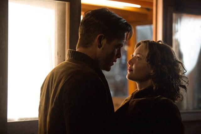 Bernie Webber (Chris Pine) & Miriam (Holliday Grainger)