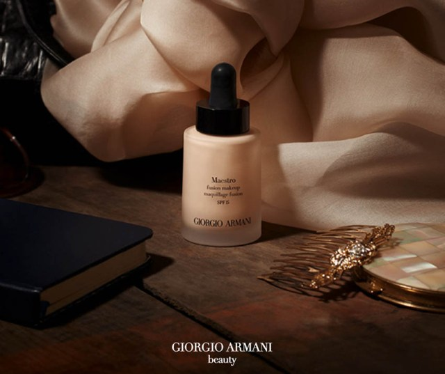 Giorgio Armani Beauty, Maestro Glow Biphase