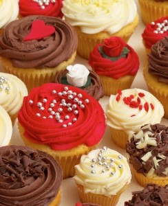 Buy Wedding Cupcakes Online From Lolas Cupcakes