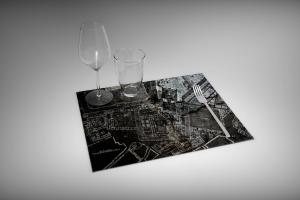 PLACEMAT-210