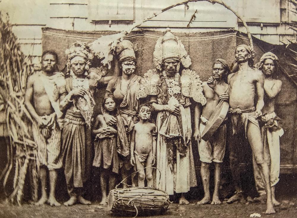 Engagisme - Groupe Indiens fete pongole