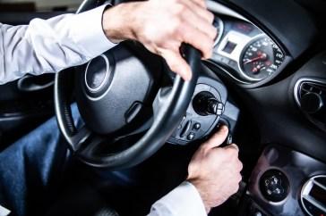 Sicurezza stradale, De Corato: pronti per progetto 'Guidare chi guida'