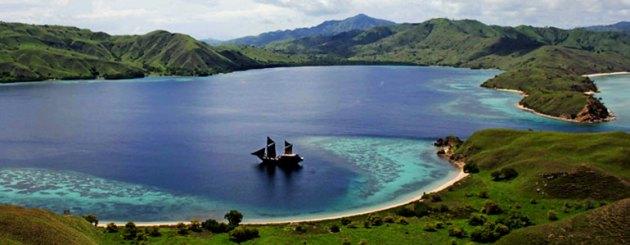 Komodo Sailing Trip