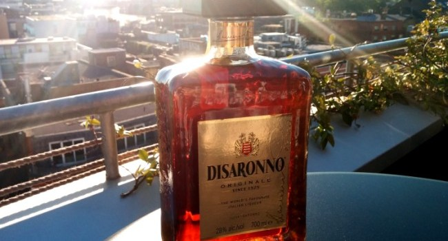 Disaronno Sour cocktail hour
