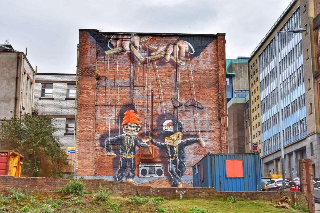 Glasgow Street Art Scotland, Hip Hop Marionettes Mural