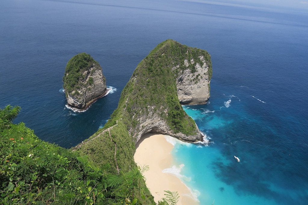 How to get from Bali to Nusa Penida – A Simple Guide