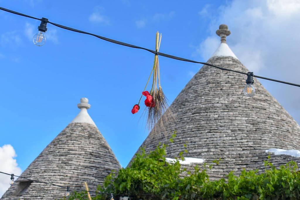 Alberobello trulli roofs