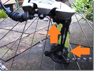 Bicycle lubrication of the jockey wheels