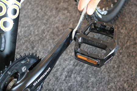 pedal tighten