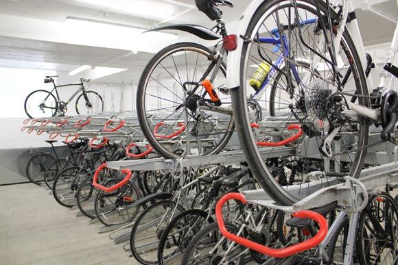 H2 bike run bicycle parking