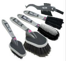 Set of brushes