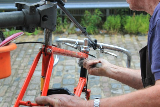 cleaning the frame during a full bike service