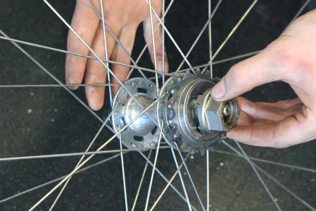 Insert freewheel remover