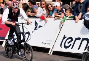 The folding bike race, image: ww.urban75.org