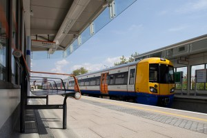 London Overground takes bikes at off-peak times
