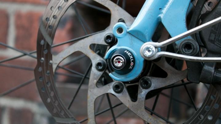Hexlox on a front wheel