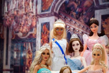 LONDON FASHION DOLL FESTIVAL 3: ROYALS