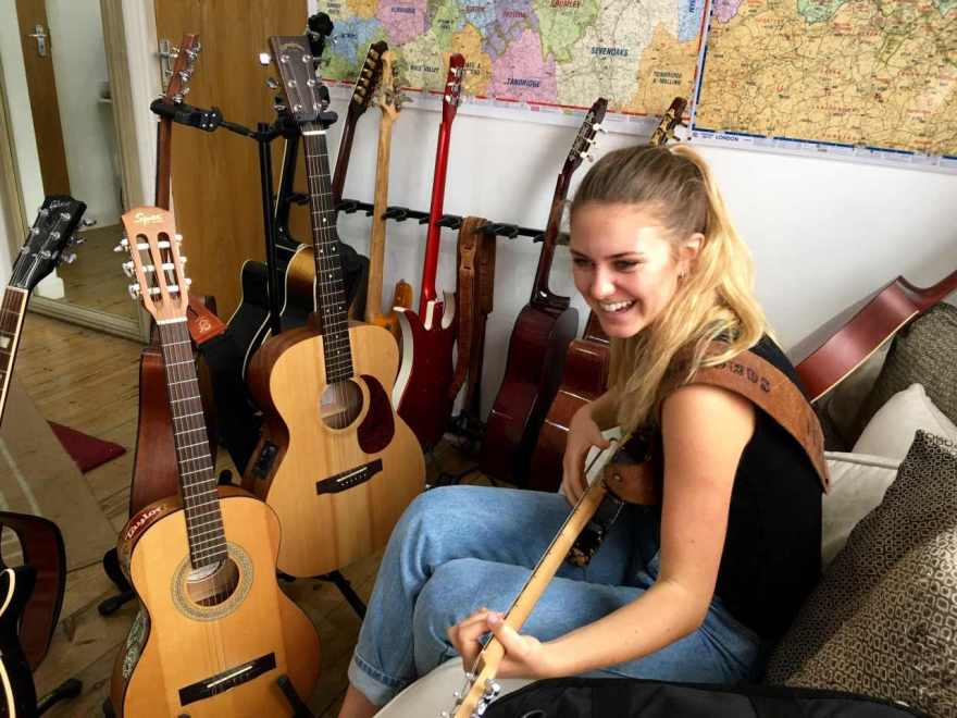 Guitar Lessons Plaistow