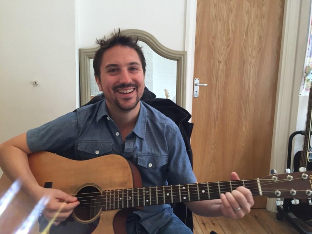 Guitar Lessons Ealing