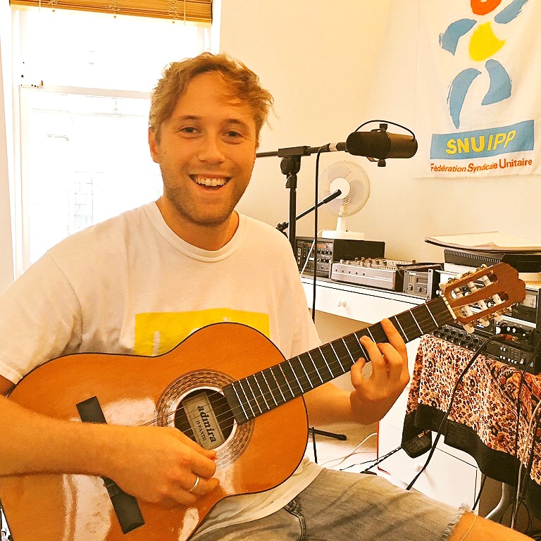 Best Skype Guitar Lessons