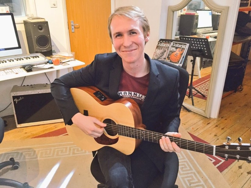 Guitar Lessons and Guitar Teachers in Enfield