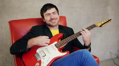 Guitar Lessons in Pinner Pinner guitar tutors Pinner guitar tuition London