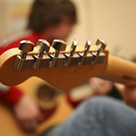 7 Ways To Stay Motivated While Playing Guitar