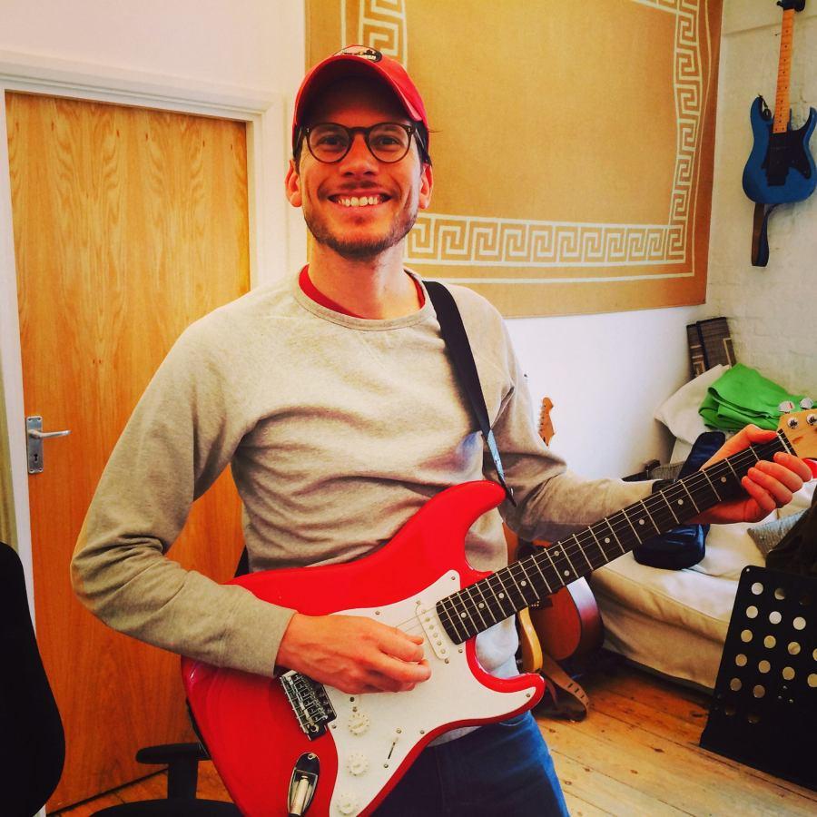 Turnpike Lane Guitar Lessons