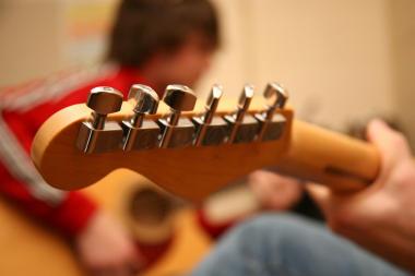 guitar lessons Epsom