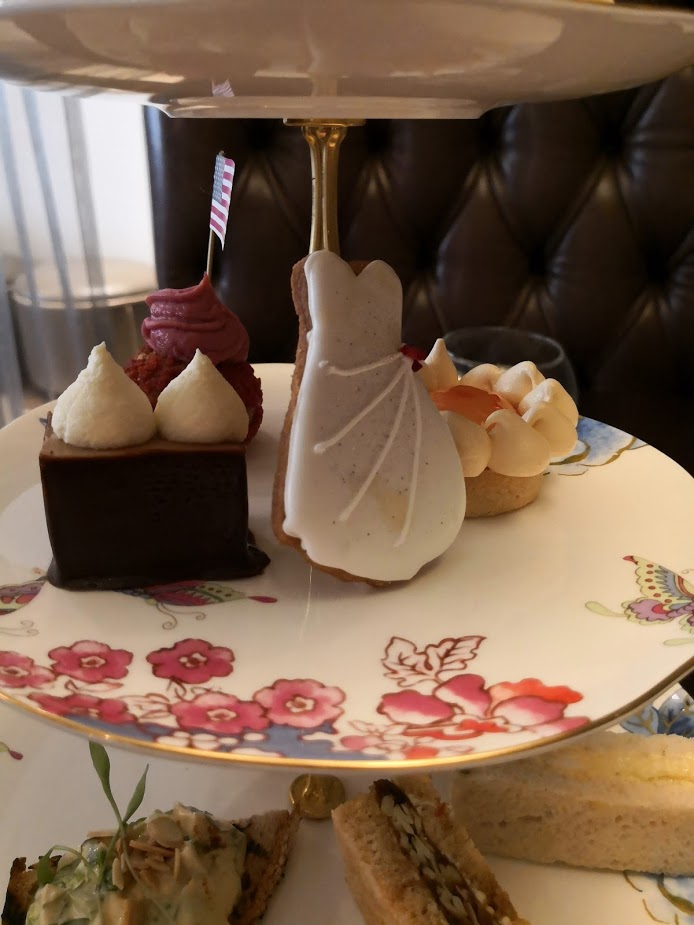 Royal Wedding afternoon tea cakes