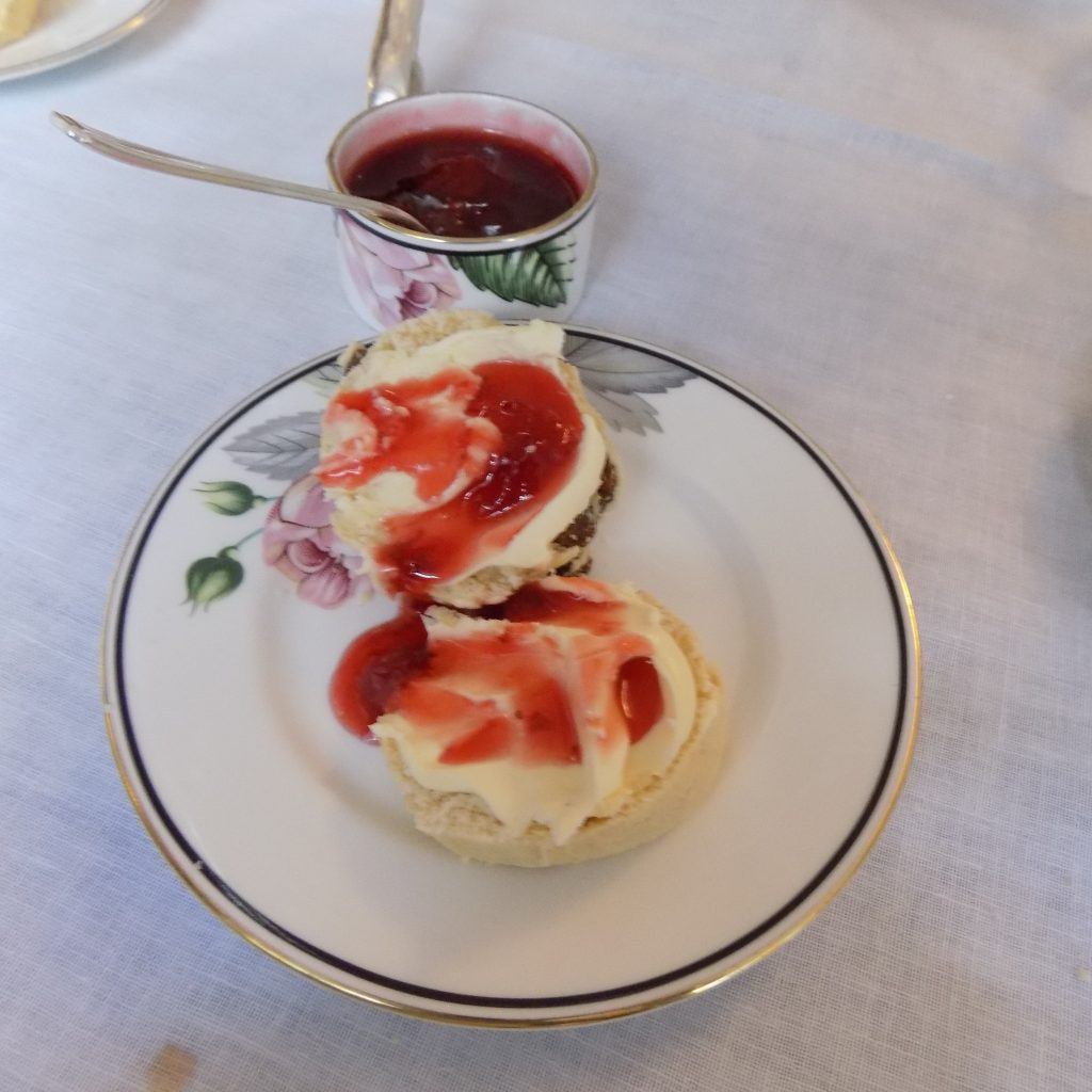 The scones with clotted cream and strawberry jam