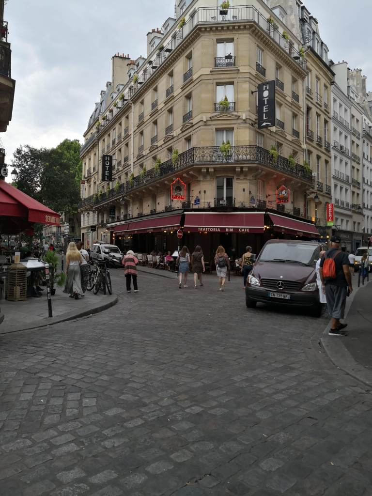 Rue de la Harpe Paris stories day 3