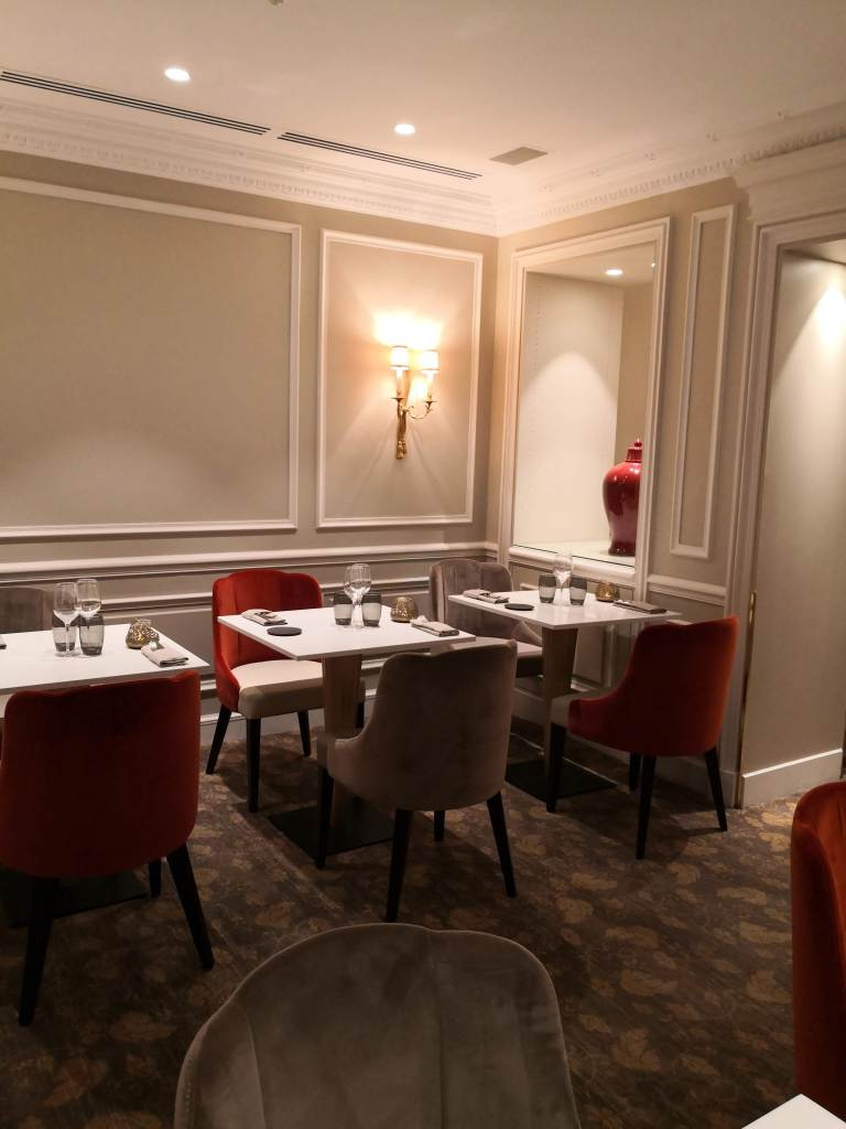 le Celadon dining room