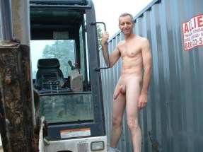 workman hung mature