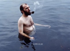 pipe-smoking-swimmer-nude